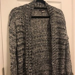 MULTI COLOR KNIT CARDIGAN